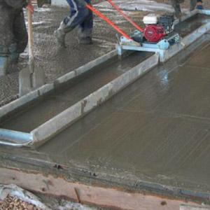 Как самостоятельно сделать виброрейку для уплотнения бетона