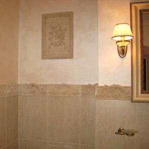 Применение декоративных штукатурных смесей в ванной комнате