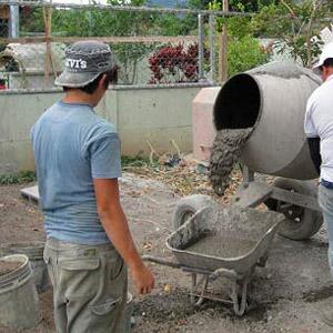 Как сделать бетонный раствор в бетоносмесителе