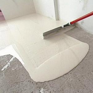 Окрашивание бетонного основания в гараже
