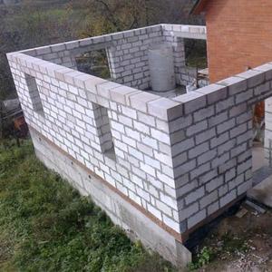 Пристройка из пенобетонных блоков к старому дому