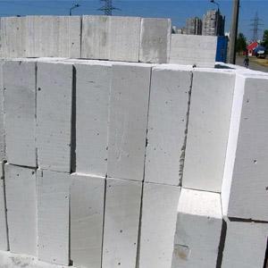 Сравнение характеристик газосиликатных и пенобетонных блоков