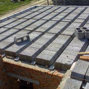 Монтаж перекрытия первого этажа в газобетонном доме