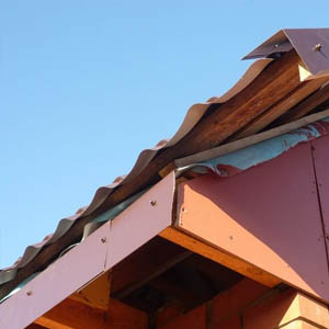 Ветровые рейки для металлочерепицы
