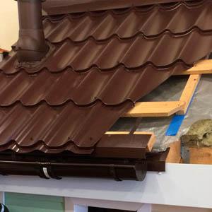Что такое капельник для крыши из металлочерепицы