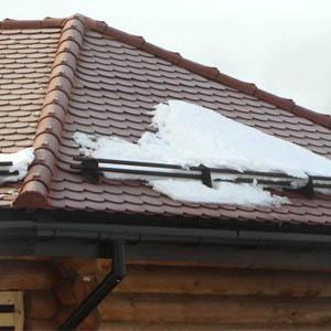 Инструкция по самостоятельной установке снегостопоров на крышу