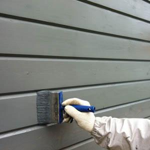 Обзор фасадных красок для домов из древесины