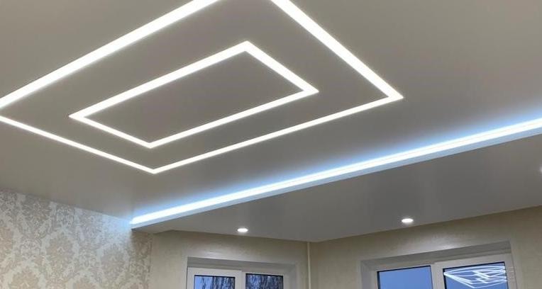 Натяжные потолки — современный, недорогой и удобный способ ремонта
