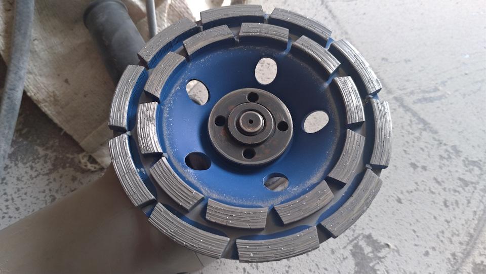Круг на болгарку для шлифовки бетона