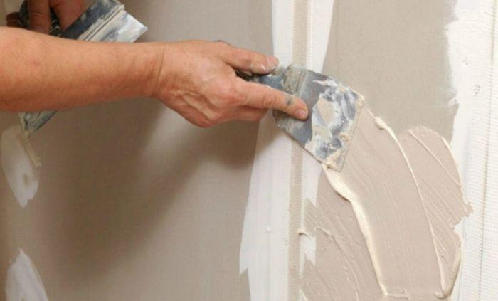 как шпаклевать стены своими руками видео новичку