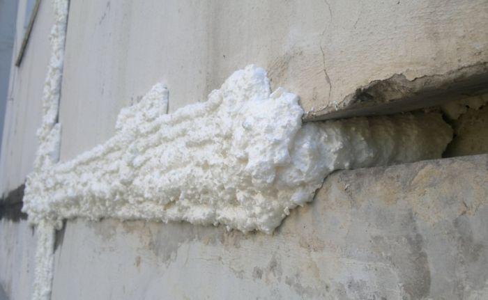 герметизация швов пеной